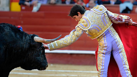 gty bullfighter Sebastian Castella 2 thg 120321 wblog The Season of El Toro