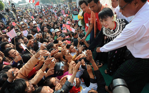 gty burma democracy nt 120224 wblog Today in Pictures: Bolivia Disabled Protest, Kerobokan Prison Riot, and Myanmar Democracy