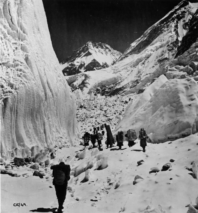 gty everest sherpas kb 130529 blog The First to the Top of Mount Everest
