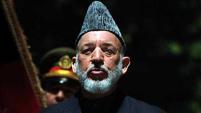 Após 12 anos, Karzai deixa poder no Afeganistão com legado questionável