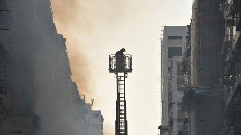 gty hong kong fire nt 111130 wblog Today in Pictures: Nov. 30, 2011