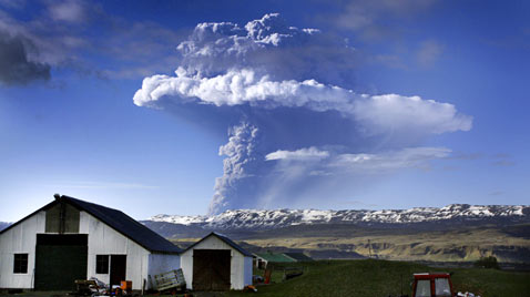 gty iceland volcano eruption thg 111208 wblog Mother Natures Destruction   Disasters of 2011.