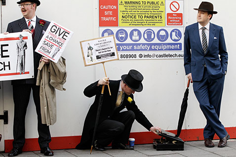 gty london well dressed protest ll 120423 wblog Today in Pictures: Butterfly Boy, French Candidate, Plane Crash