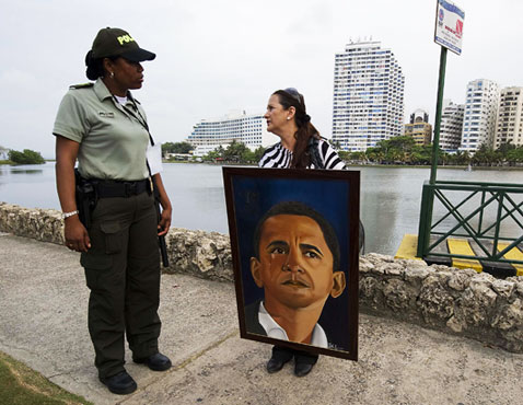 gty obama fan nt 120418 wblog Today in Pictures: Obama Super Fan, Burning Art, and the Masters Tournament