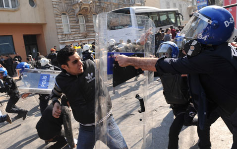 gty protest police nt 120323 wblog Today in Pictures: Pope in Mexico, Turkish Riots, Nepals Living Goddess
