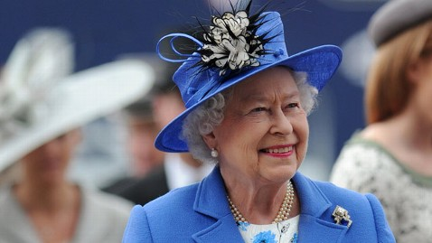 gty queen elizabeth II jt 120603 wblog A Key to British Monarchys Golden Prison: The American Flag