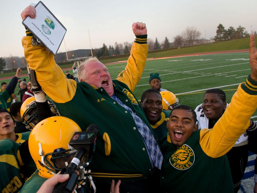 PHOTO: Mayor Rob Ford and the Don Bosco eagles beat St. Andrews in Metro Bowl semi-final on Nov. 21, 2012 in Toronto, Ontario.