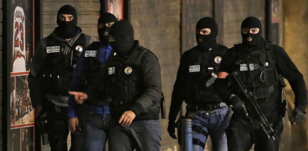 'null' from the web at 'http://a.abcnews.go.com/images/International/gty_saint_denis_police_operation_KS_151118_33x16_992.jpg'