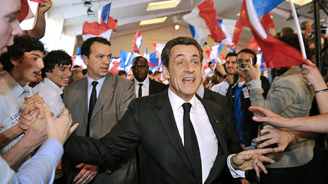 gty sarkozy dm 120430 wblog Today in Pictures: Spring is in the Air, Blowing Bubbles, French Election, Quinceaneras