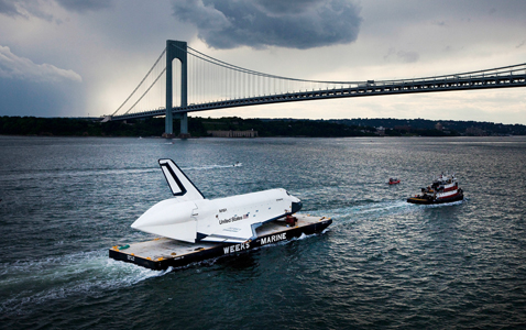 gty shuttle barge nt 120604 wblog Today in Pictures: Space Shuttle Enterprise, Tiananmen Square Anniversary, and Nigerian Plane Crash