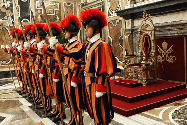 gty vatican city inside guards throne thg 130226 wblog From Vatican City to Castel Gandolfo, The Popes Digs