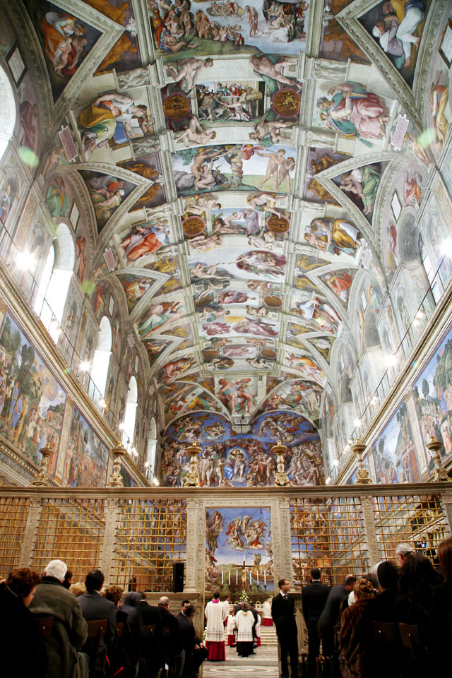 gty vatican city sistine chapel thg 130226 wblog From Vatican City to Castel Gandolfo, The Popes Digs