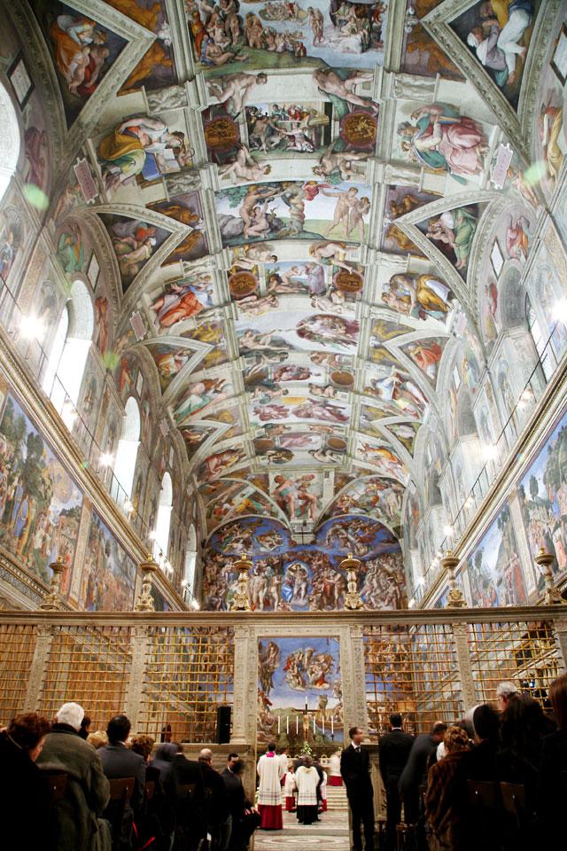 gty vatican city sistine chapel thg 130226 wblog From Vatican City to Castel Gandolfo, The Popes Digs