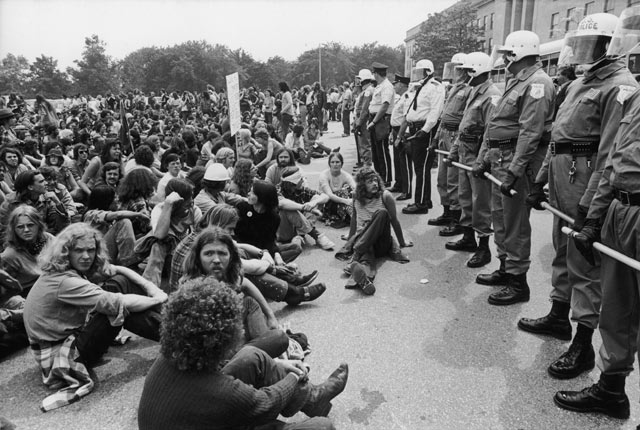gty vietnam protests mi 130327 blog Looking Back: The End of the Vietnam War