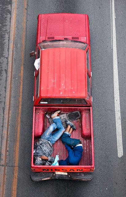 ht CarPoolers 15 kb 130214 blog Carpoolers, by Alejandro Cartagena