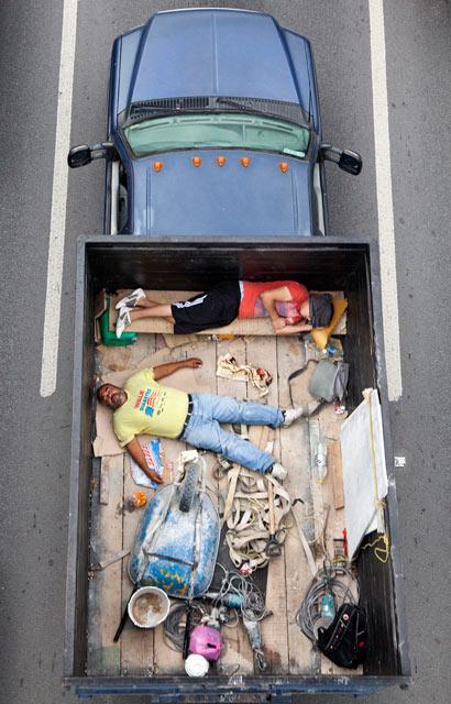 ht CarPoolers 1 kb 130214 blog Carpoolers, by Alejandro Cartagena