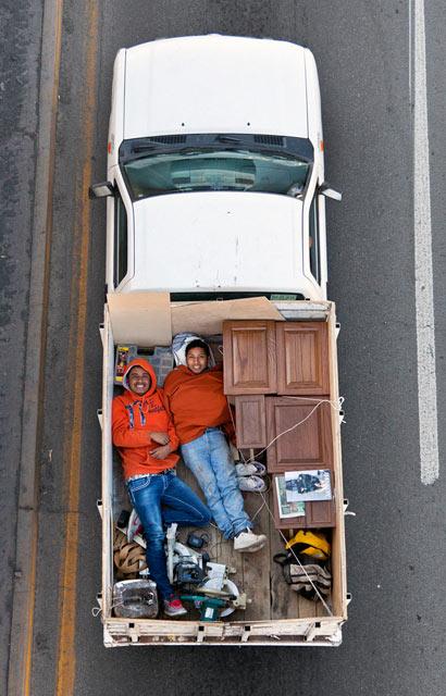 ht CarPoolers 6 kb 130214 blog Carpoolers, by Alejandro Cartagena