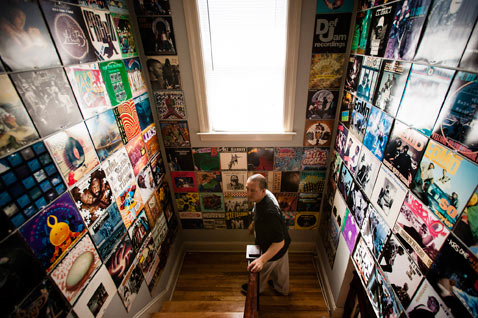 ht Dust Grooves dj shames thg 120719 wblog Dust and Grooves: Vinyl Record Collectors from Around the World