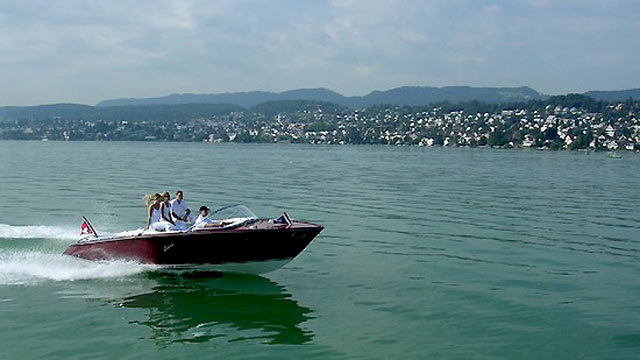 PHOTO:The Swiss manufacturer Boesch has become a leader in manufacturing stylish and functional electric boats.