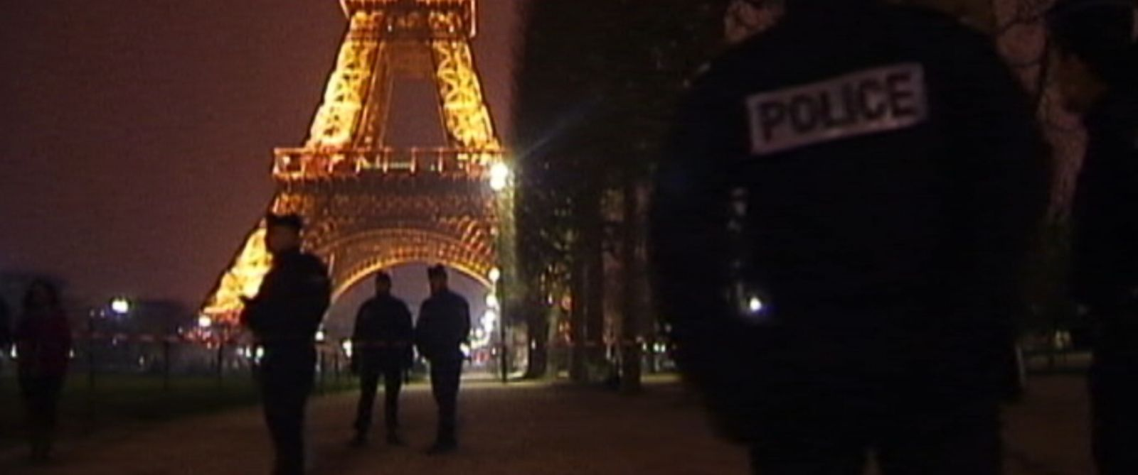 PHOTO: French authorities are on alert after drones were spotted over major Paris landmarks during the last two nights.
