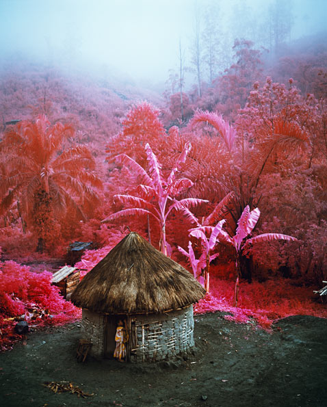 ht richard mosse 01 2 jp 120316 wblog Richard Mosses Beautifully Violent Infra