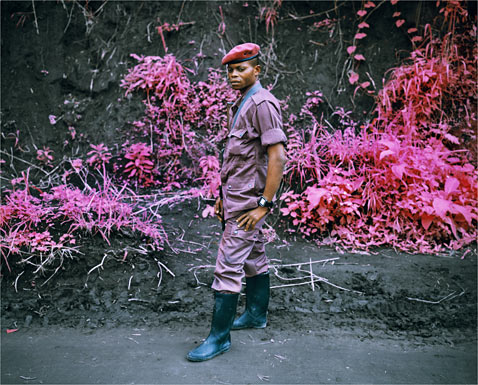 ht richard mosse 02 2 jp 120316 wblog Richard Mosses Beautifully Violent Infra