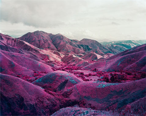 ht richard mosse 03 jp 120316 wblog Richard Mosses Beautifully Violent Infra