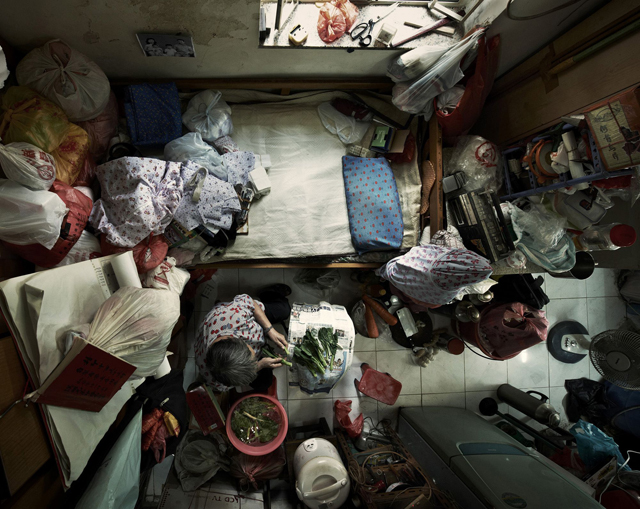 Shocking Photos of Cramped Hong Kong Apartments - ABC News