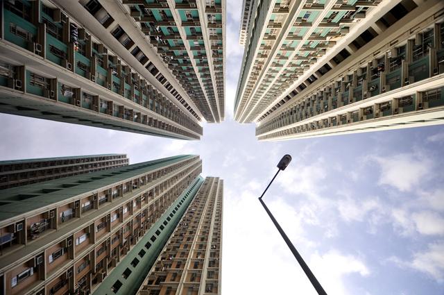rx hong kong vertical 10 nt 130506 blog Vertical Horizon: Cityscapes of Hong Kong