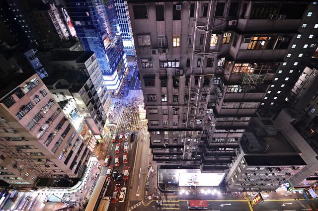 rx hong kong vertical 12 nt 130506 blog Vertical Horizon: Cityscapes of Hong Kong
