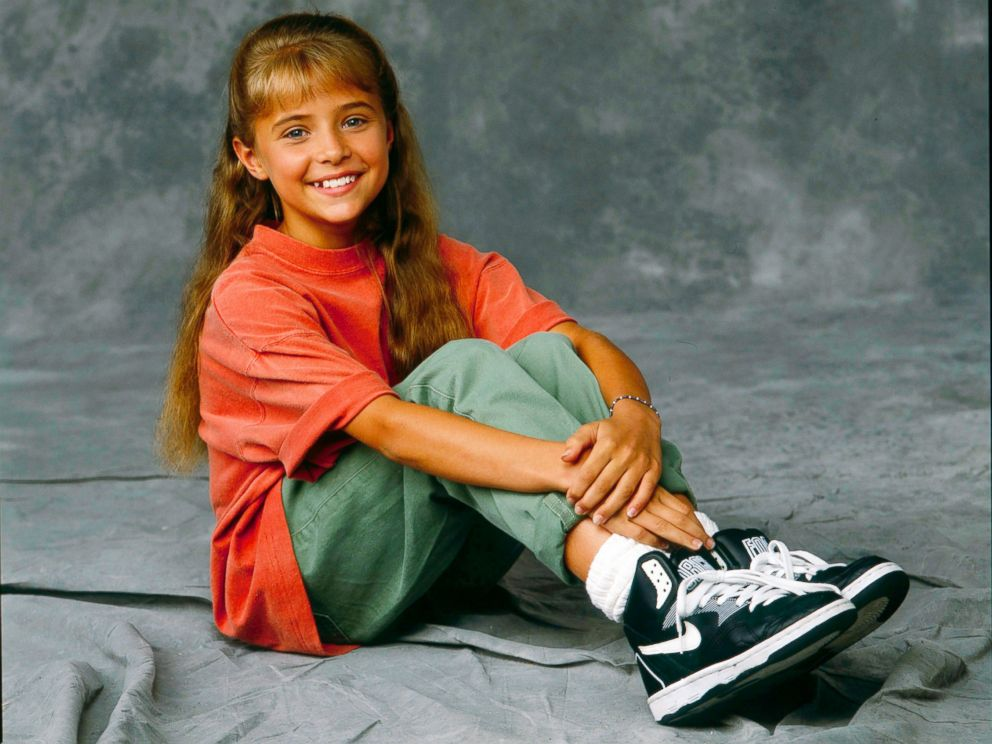 PHOTO: Christine Lakin from Step By Step.