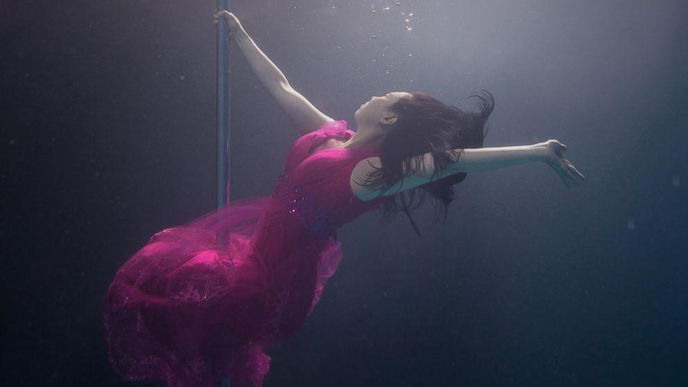 pole dancing goes underwater photos