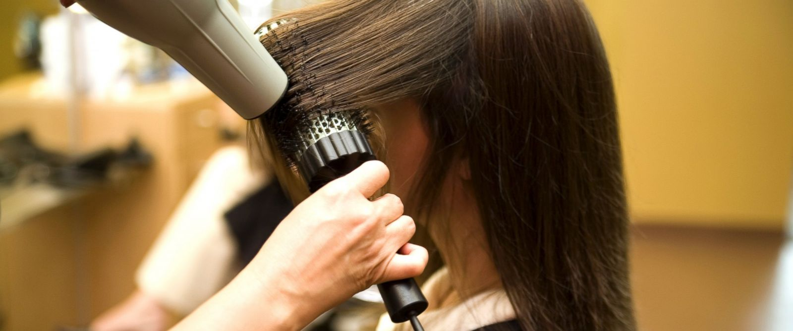 PHOTO: Glamsquad is a new app that brings blow outs to women in their home or office.