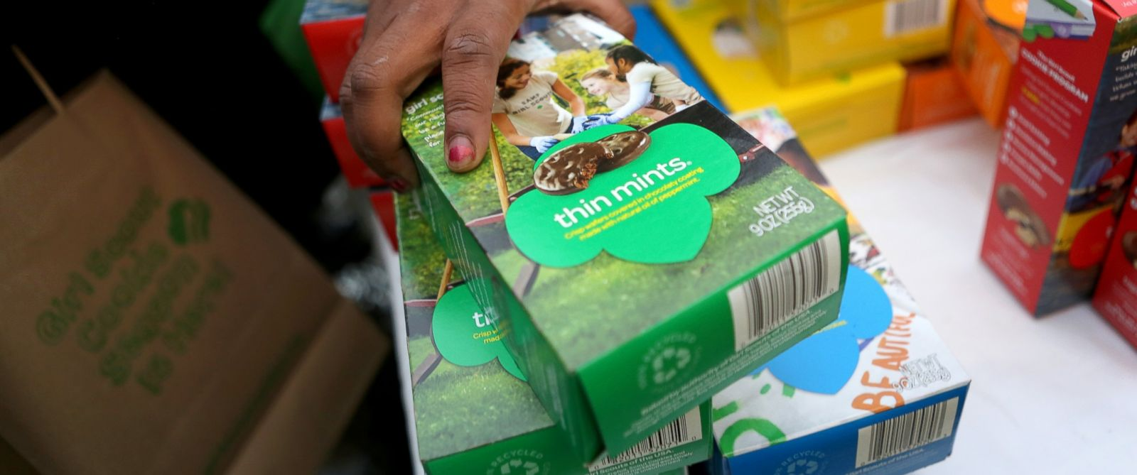 PHOTO: Girl Scouts sell cookies, Feb. 8, 2013, in New York City.