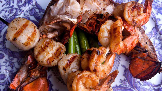 PHOTO:2 Chainz's recipe for mixed seafood grill kebabs.