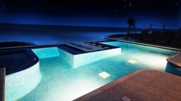PHOTO: Infinity Pools