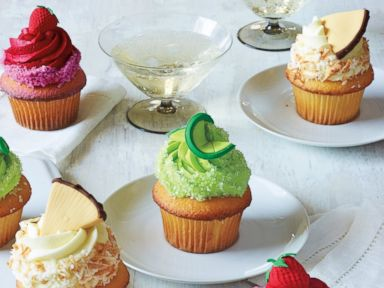 Cocktail cupcakes by Buddy Valastro.