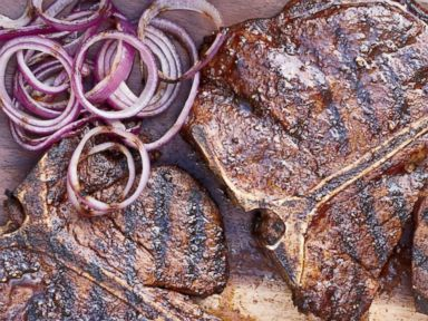 PHOTO: Food & Wines Memorial Day recipe for Spice-Rubbed T-Bone Steaks.