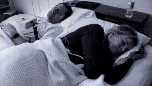 PHOTO: Dr. Jennifer Ashton conducted a sleep experiment with her husband.