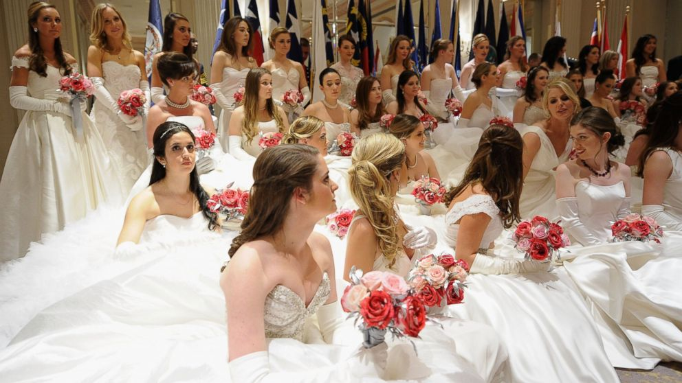 Daughters Of High Society Attend Debutante Ball In New