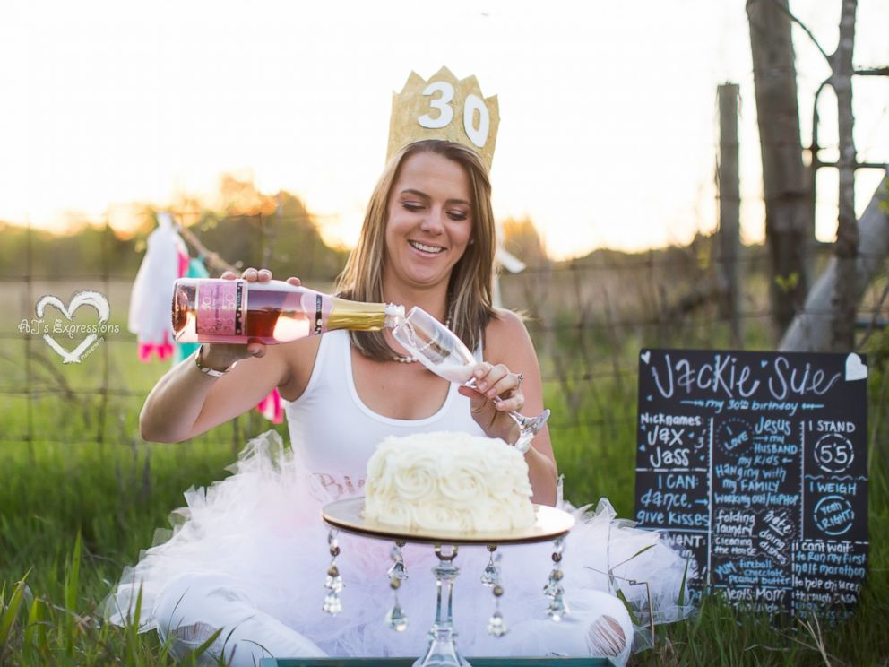 Raisedeyebrows Adorable Adult Cake Smash Photos Put The Fun In