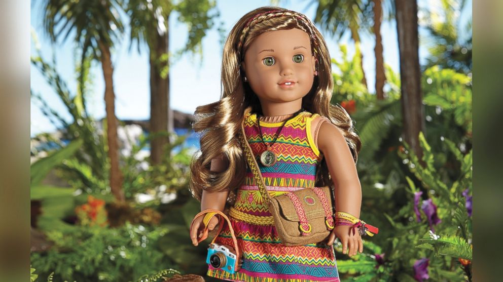 american girl 39 s 2016 girl of the year is lea clark photographer and animal lover abc news. Black Bedroom Furniture Sets. Home Design Ideas