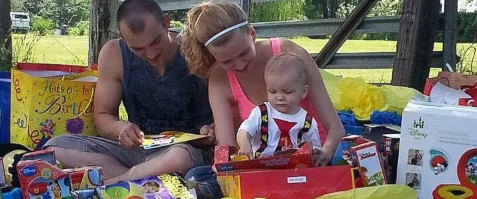 PHOTO: Corey Mantia, 22, and his son Parker, 1, died in a drunk driving accident on September 20, 2014.