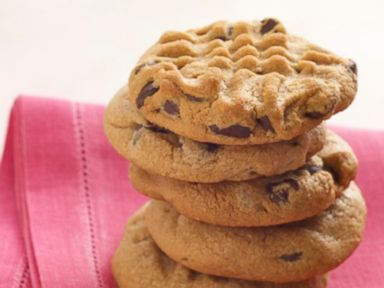 PHOTO: Tates Bake Shops recipe for Peanut Butter Chocolate Chip cookies.