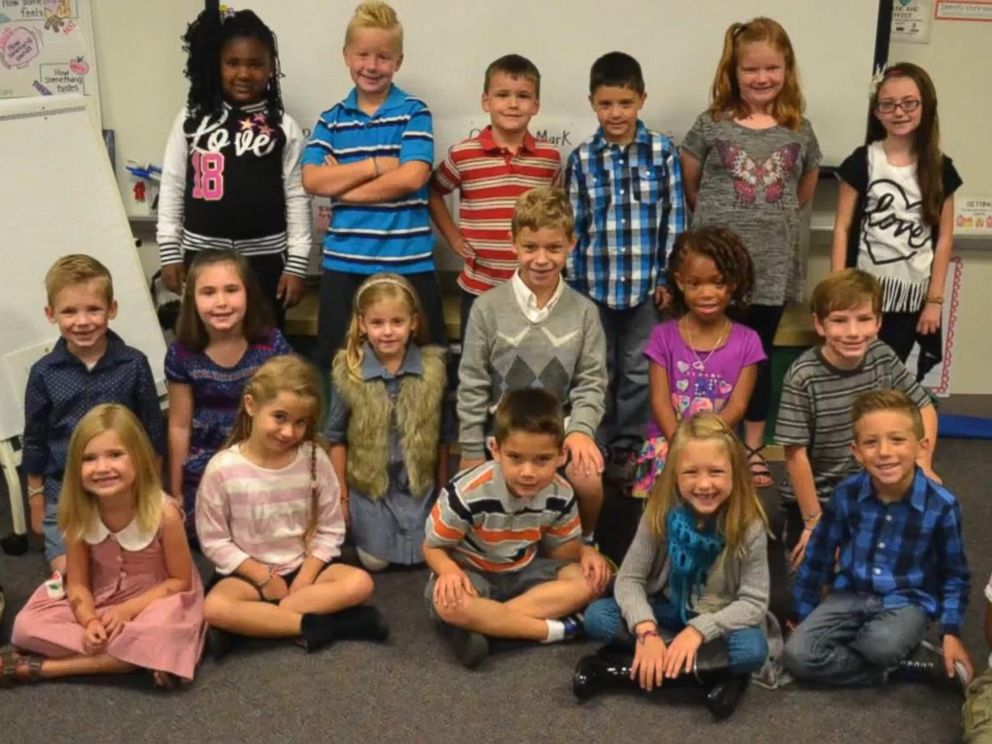 PHOTO: Brady Gose, 7, is pictured wearing the sweater with his classmates.