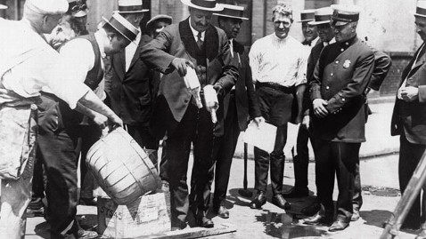 gty prohibition tk 111205 wblog Dec. 5: Prohibition Ends in 1933