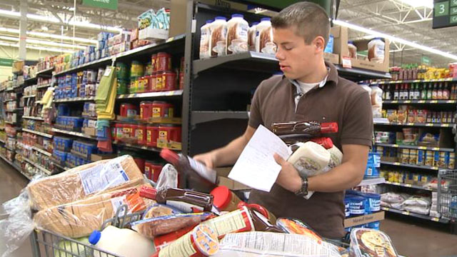 """PHOTO:Lawson, 19, is the Bates familys self-appointed grocery shopper. """"Nobody else likes to do it, and I dont mind, so it works out pretty good,"""" he said."""