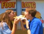 Burger Wars Salvo: Foot-Long Hamburgers