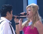 Kelly Clarkson, John Legend Talk Duets