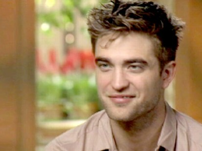 "VIDEO: ""Twilight"" teen heartthrob dishes on cover feud with George Clooney"
